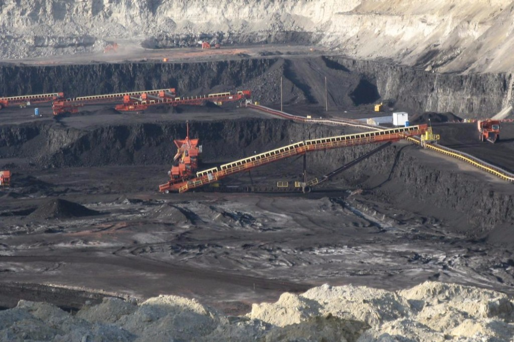Coal is extracted from a surface mine in Gillette, Wyo. Credit: Greg Goebel