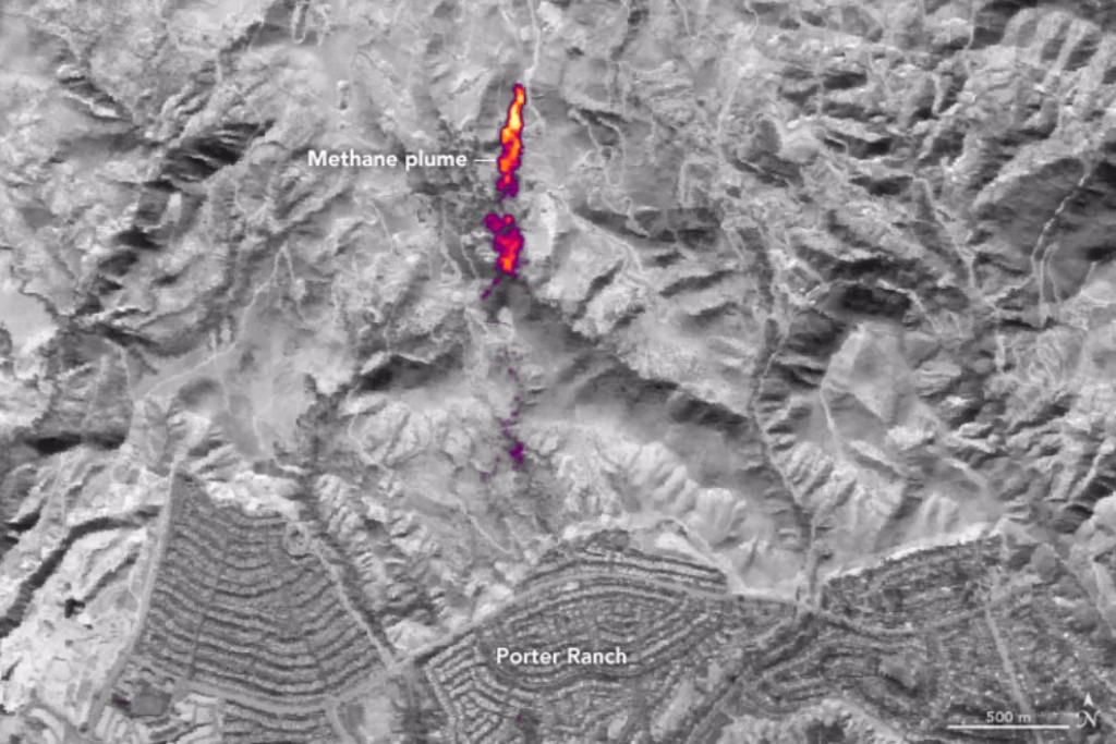 Infrared imaging of the Aliso Canyon leak from a natural gas storage reservoir near Porter Ranch, Calif., Jan. 12, 2016.  Credit: NASA Earth Observatory