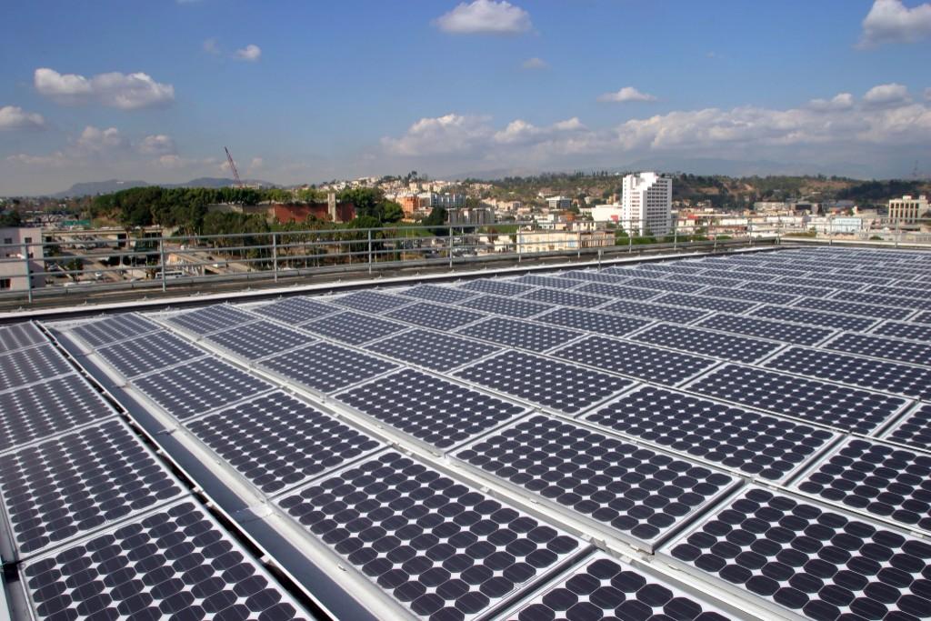 Photo: Solar panels. Courtesy: SunPower/NREL
