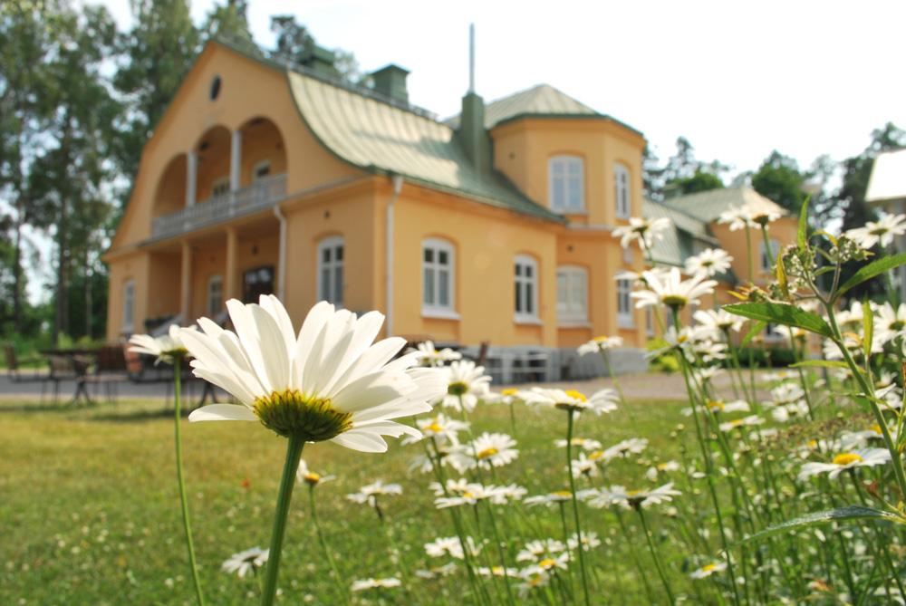 Utlysning av dansresidens i Eric Sahlström Institutet i Tobo