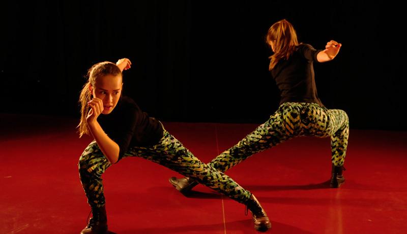 Hedda Holmberg och Line Jonsdotter, vinnare av Skapa Dans 2014