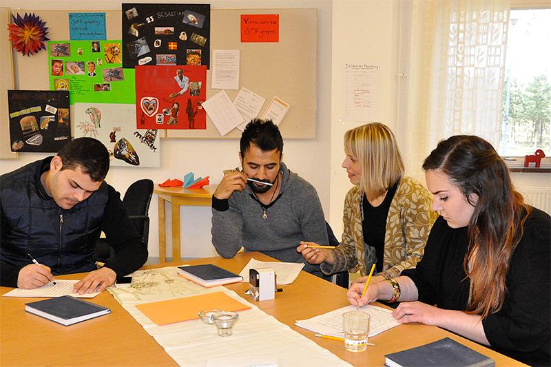 Bild från en studiemotiverande folkhögskolekurs. Foto: Stina Bengtson