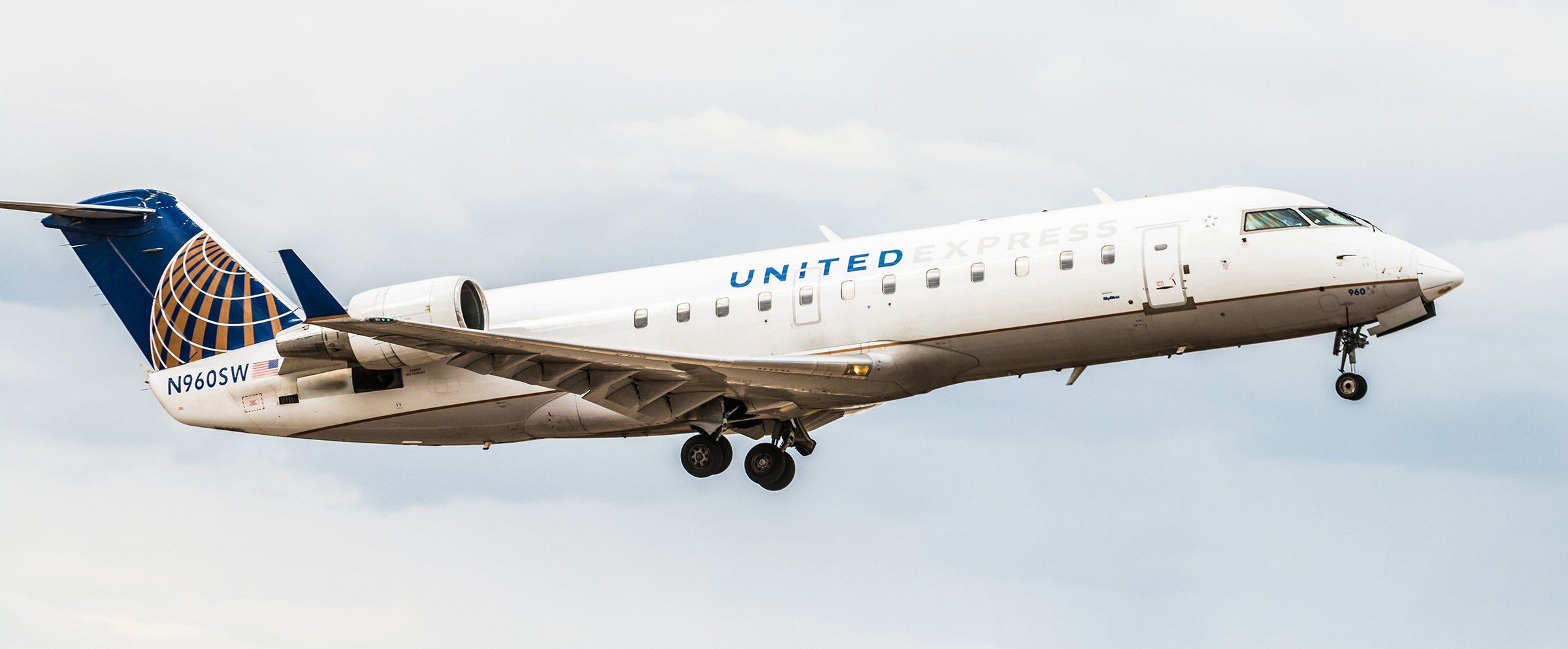 United Airlines Jet Flying