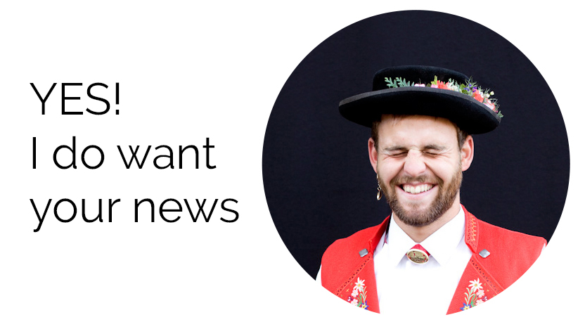 Man with hat wanting news