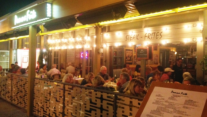 Enjoy Pomme Frite's Outdoor Patio on Palm Canyon Drive