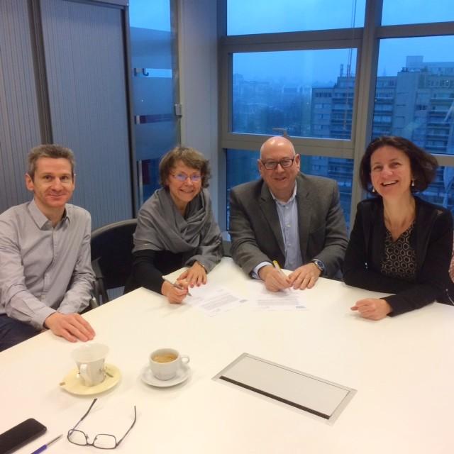ondertekening samenwerkingsakkoord VEB VIPA