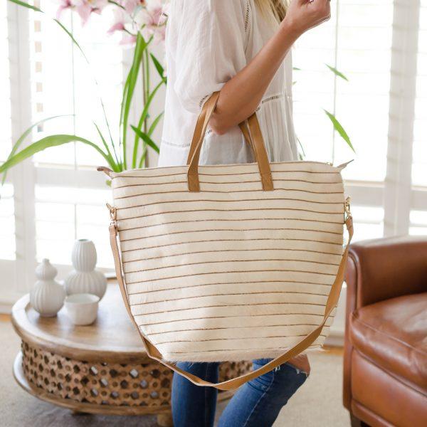 Arthide Raya Cream Cowhide Bag