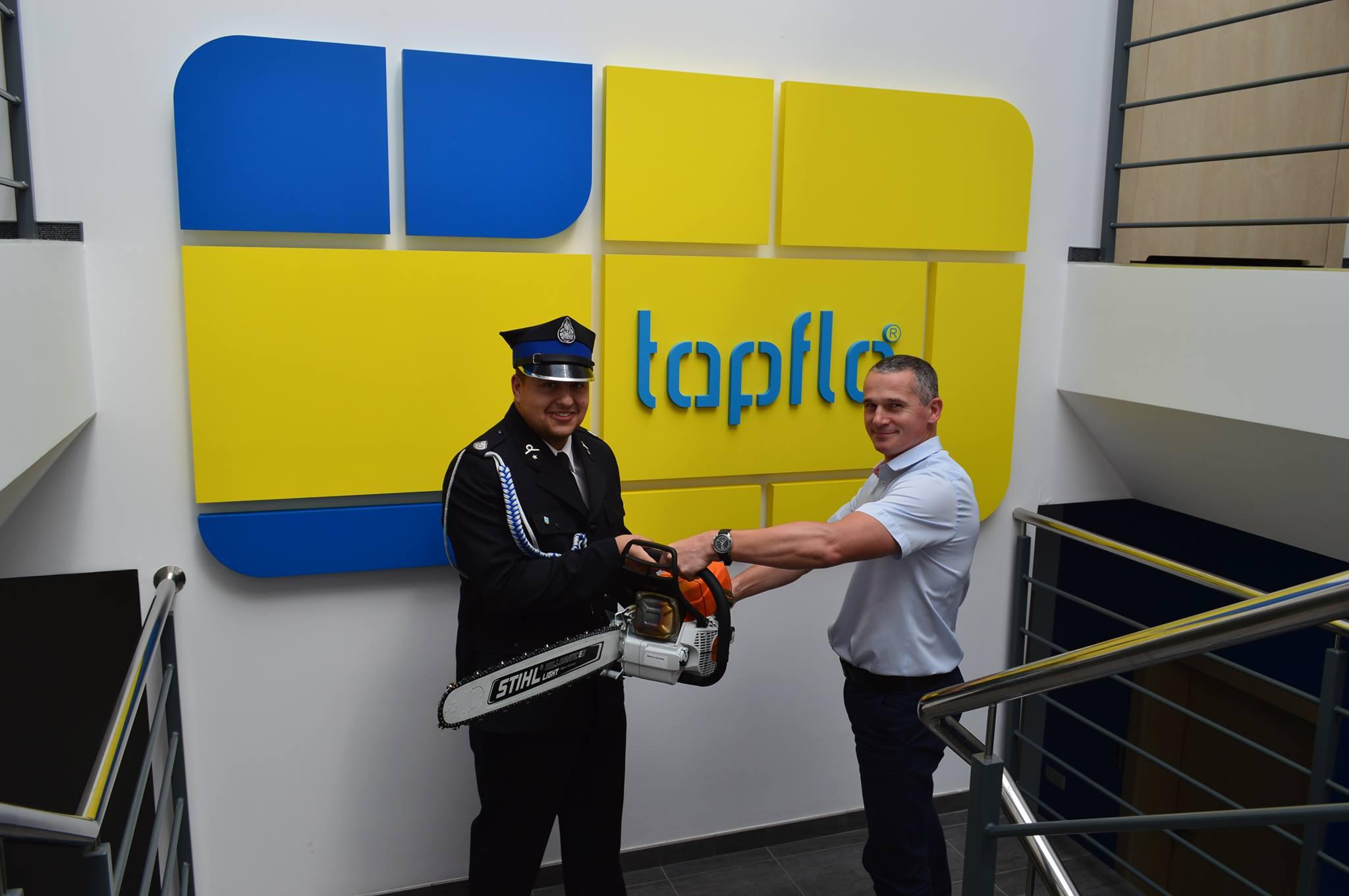 Тапфло Польша, поддержала  местную пожарную команду OSP Jelen