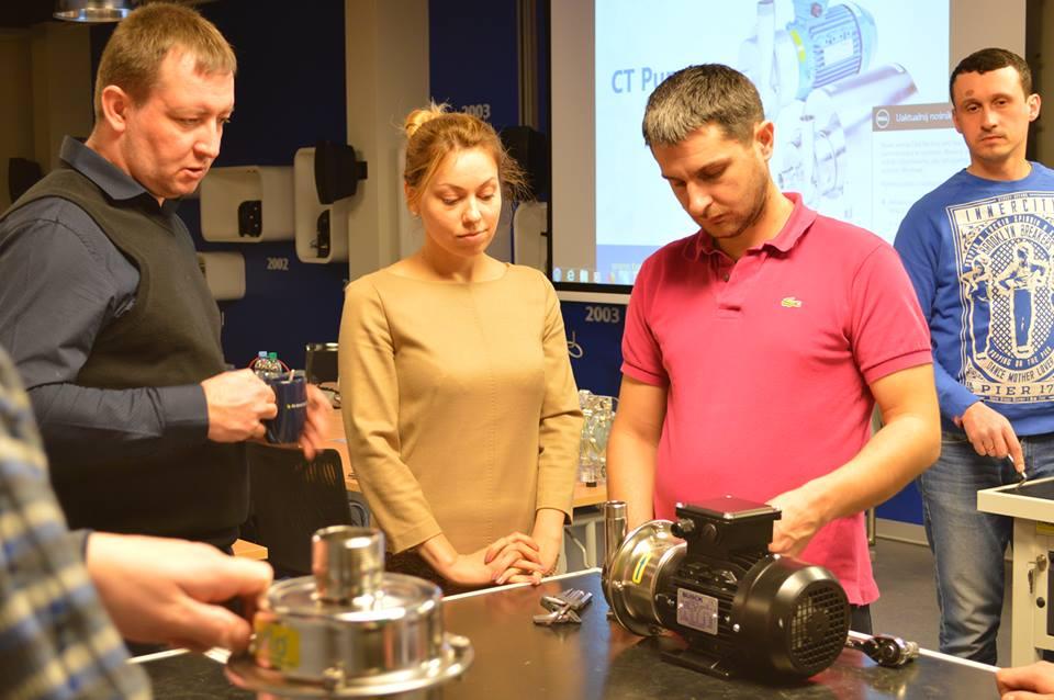 Специалисты   Tapflo Ukraine на тренинге от Академии Tapflo