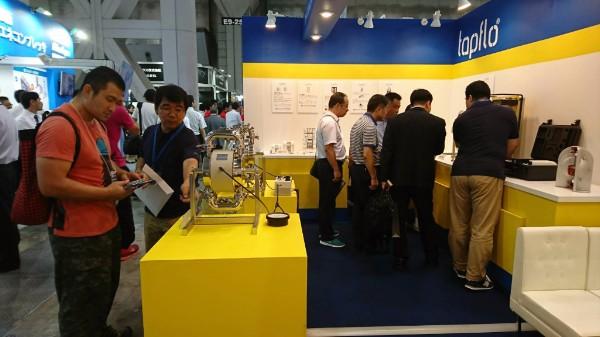 Тапфло на выставке INTERPHEX 2017 в Японии