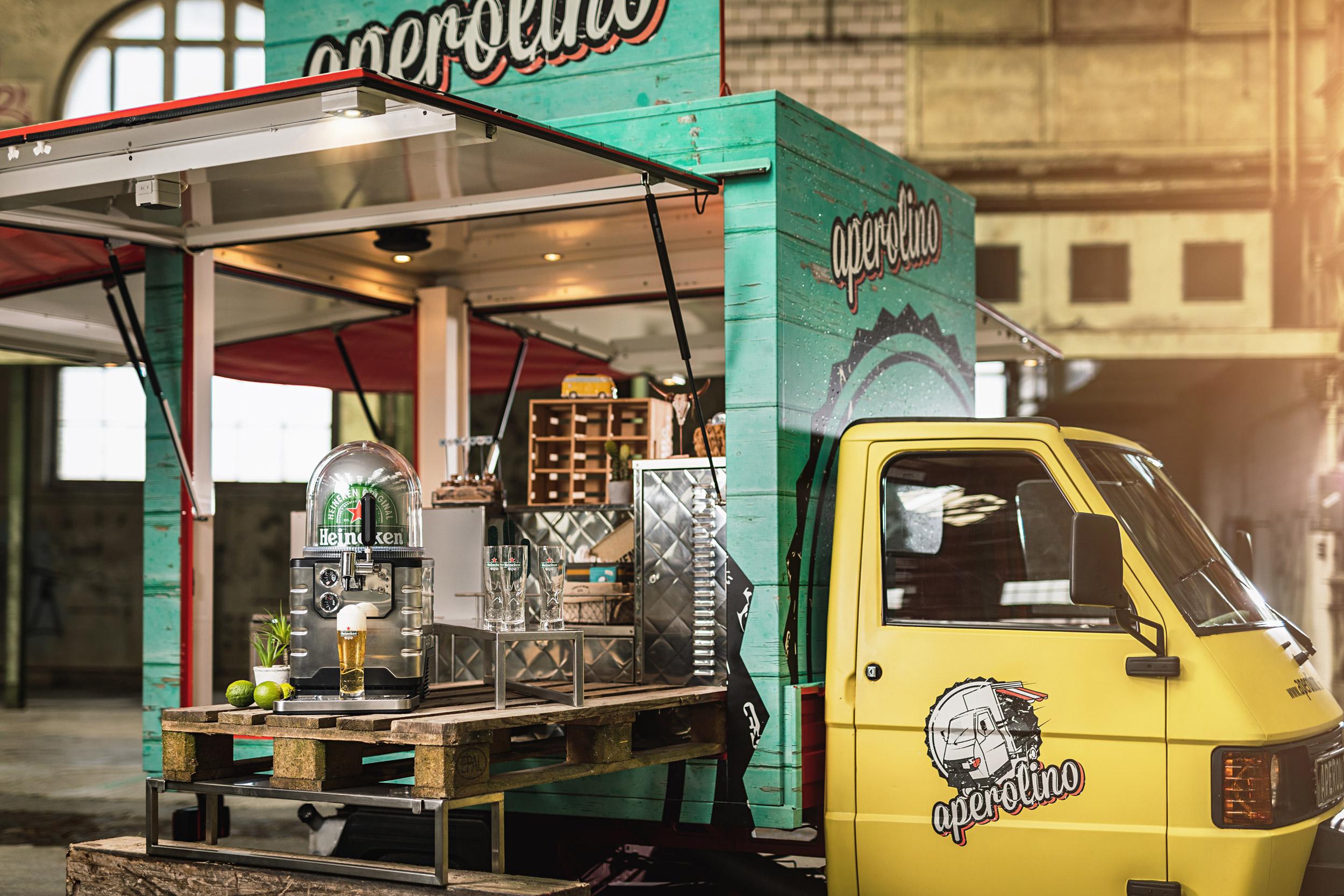 BLADE – Food Truck Catering (Imbisswagen)