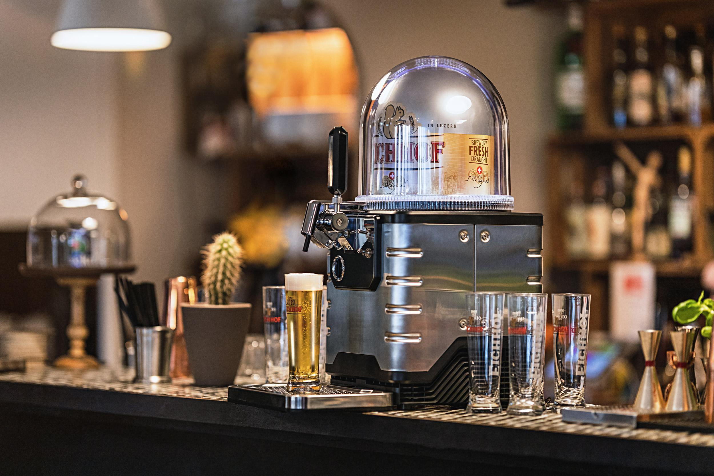 BLADE – Cafe Bistro