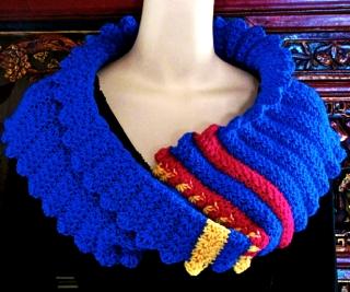 Starlooper: Star Stitch Crochet Mobius Cowl pattern