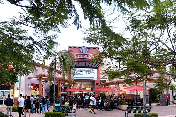 Plaza Cinemas 14