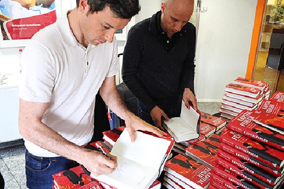Friedrich & Weik signieren neuen Bestseller