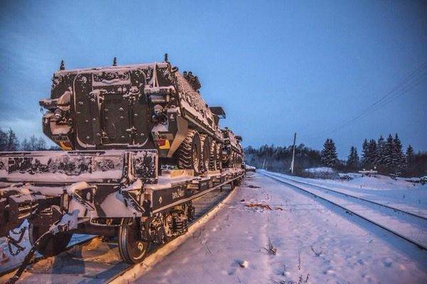 Strikers arriving in Estonia