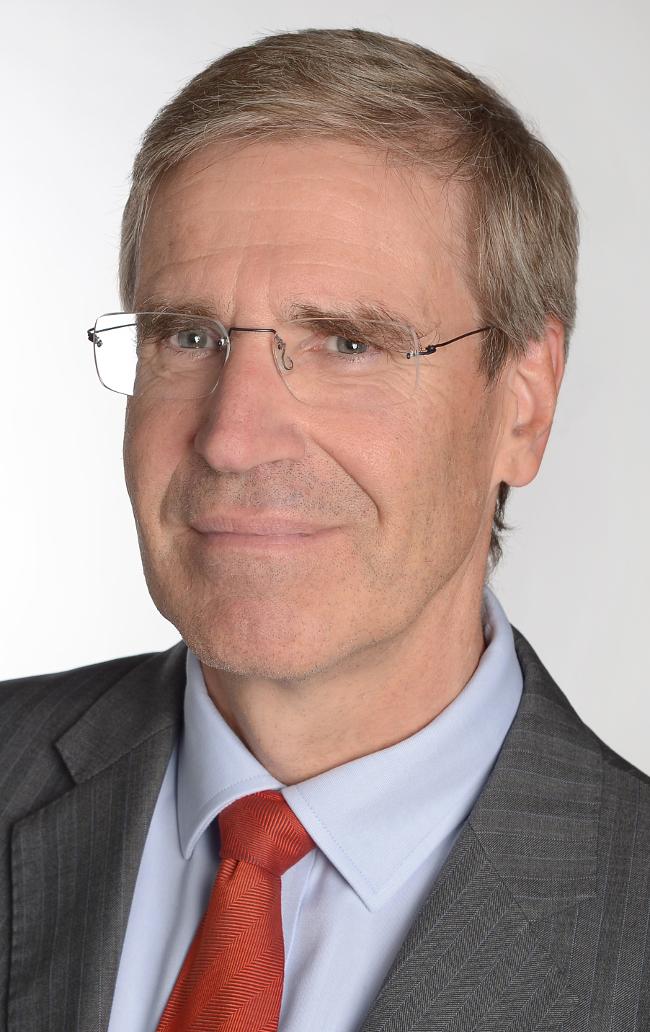Dr Wolfgang Richter