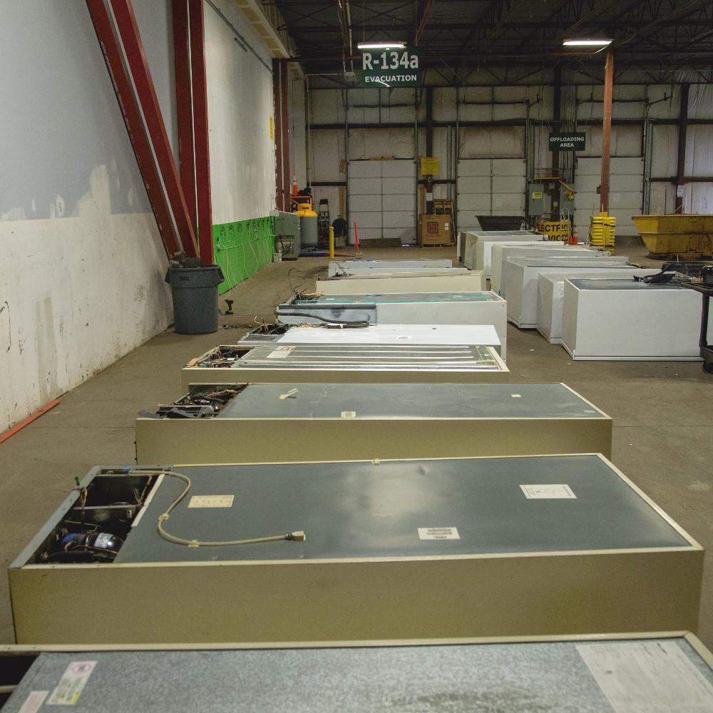 Refrigerator recycling facility