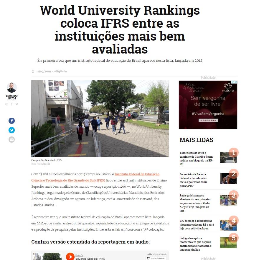 Descrição da imagem: print da matéria no site GaúchaZH que exibe foto de estudantes caminhando em frente ao Campus Rio Grande