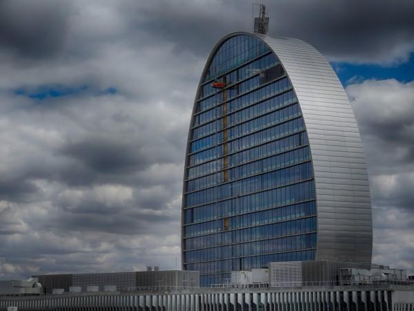 BBVA Headquarters, Madrid (photo: M.Peinado / flickr, CC-BY 2.0)