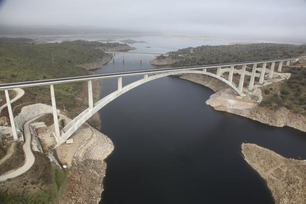 Almonte-Talbrücke (Foto: FCC)