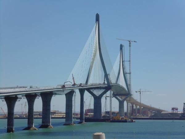 La Pepa Bridge, Cádiz (photo: TCadizwiki , CC-BY-SA 4.0)