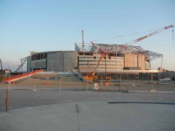 Parc Olympique lyonnais, Décines-Charpieu (photo: Vegas666 / Wikimedia Commons, CC-BY-SA 3.0)