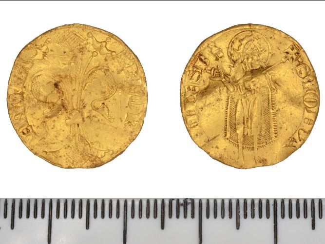 gold coin showing front and back views