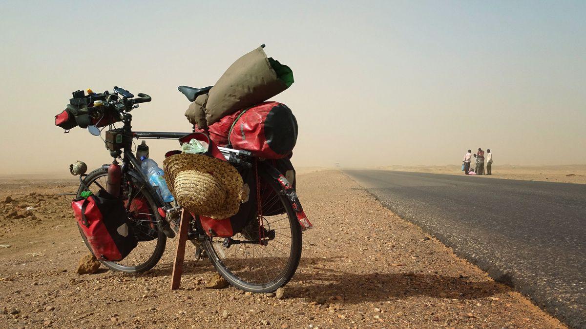Filmtour - Anderswo. Allein in Afrika