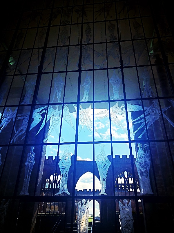 Jon Hutton's strange angels in Coventry Cathedral, photo by Tamsin.