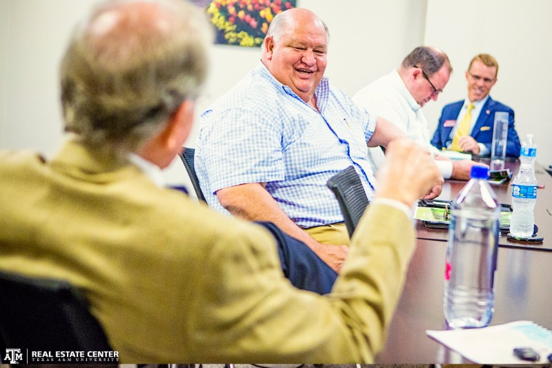 NAHB Chairman Granger MacDonald meets with Real Estate Center researchers.