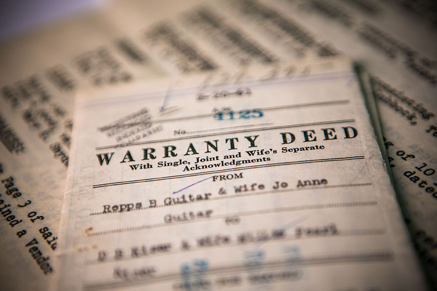 Warranty deed from the mid-20th century