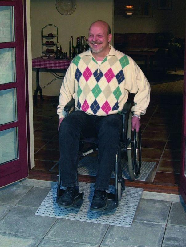 Excellent kynnysluiska, pyörätuoli