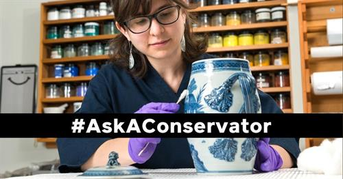 Conservator with a vase