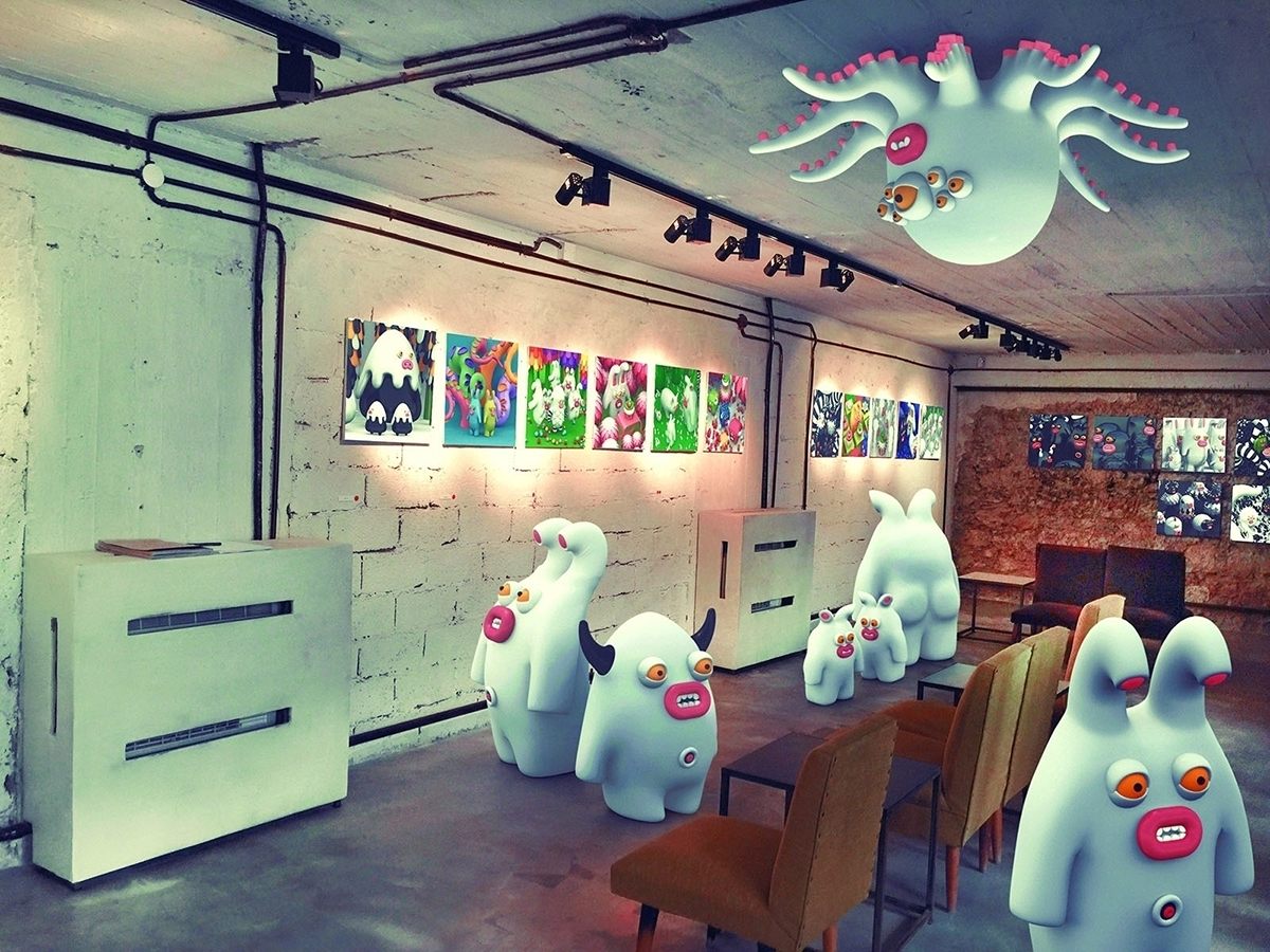 monsters at a gallery