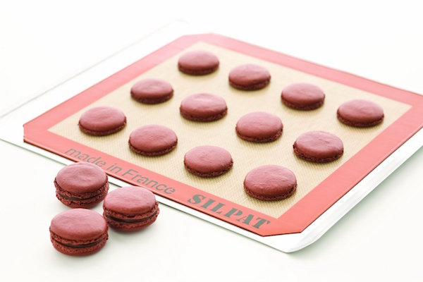 10 Awesome Holiday Gift Ideas For Under $50! Baking Mat