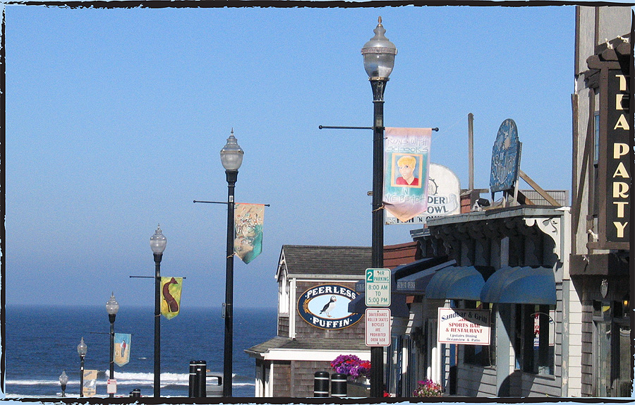 The Nye Beach Banner Auction starts at 5 p.m. Sunday.