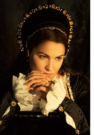Anna Bolena starts at 10 a.m. October 15 at the Newport Performing Arts Center.