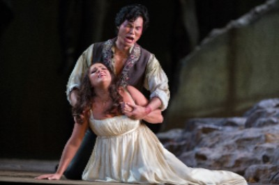 Yonghoon Lee as Manrico and Anna Netrebko as Leonora in Verdi's Il Trovatore. Photo by Marty Sohl/Metropolitan Opera.