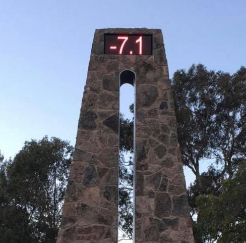 Stanthorpe's Big Thermometer