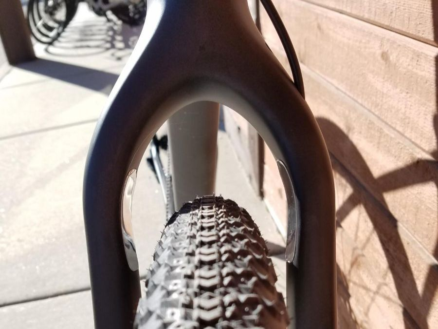 Salsa Cutthroat increased fork clearance and protectors