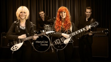 The  Mona Lisa Twins debuted at #1 in the UK and #20 globally on the ECMA Charts