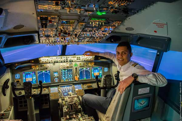 Breakaway Experiences - Boeing 737 Flight Simulator