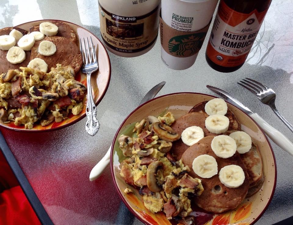 protein pancakes/breakfast