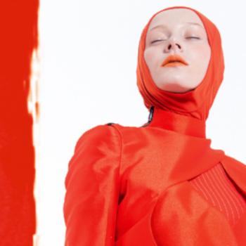 """Muslimische Mode/Ausstellung """"Contemporary Muslim Fashions""""; Bild: Abdul Rahim, Datin Haslinda für Blancheur"""
