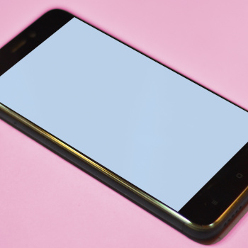 Symbolbild Smartphone: Viktor Talashuk on Unsplash