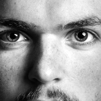Symbolbild Gesicht eines jungen Mannes; Bild: Ludvig Wiese@unsplash