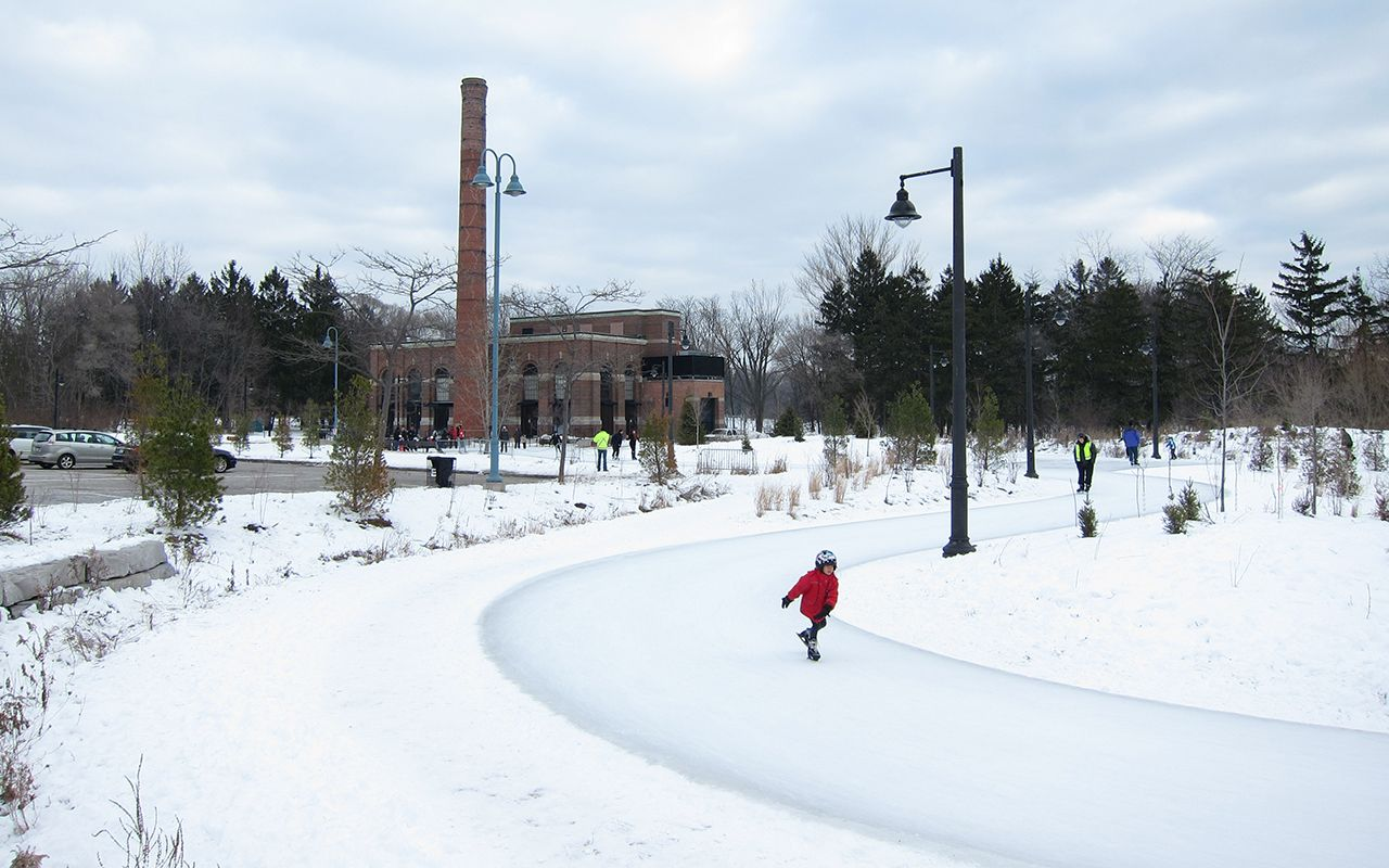 colonel samuel smith skating trail