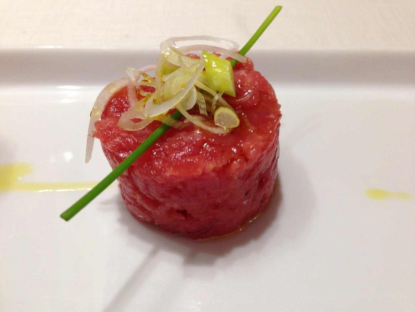 Raw minced veal
