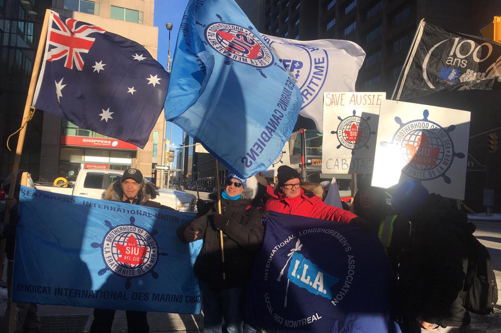 SIU members demonstrate in solidarity for Australian seafarers